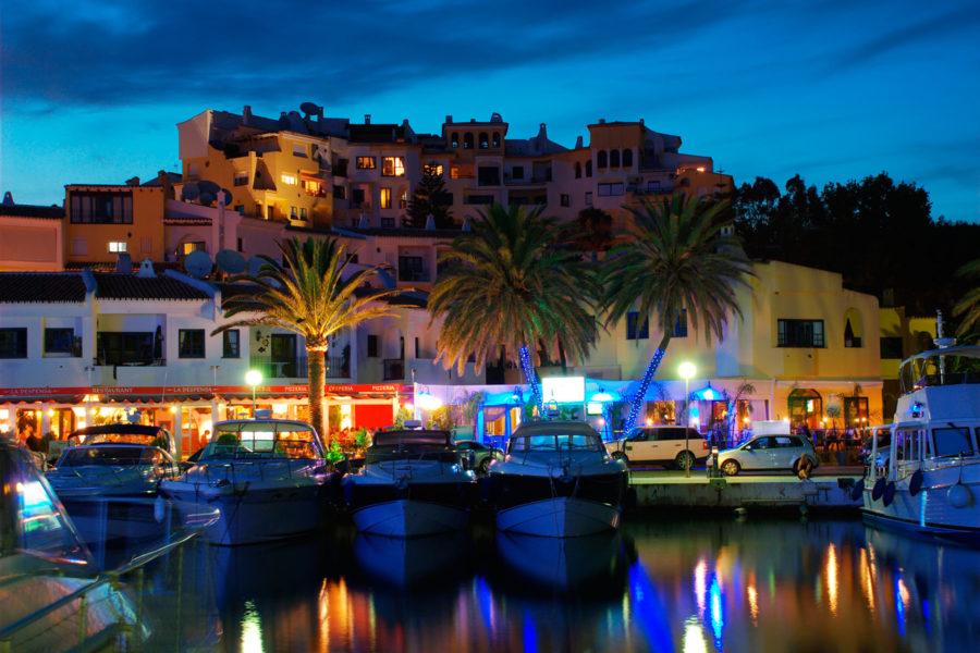 Cabopino, Marbella. Kuva: Antonio, flickr.com, CC BY-SA 2.0