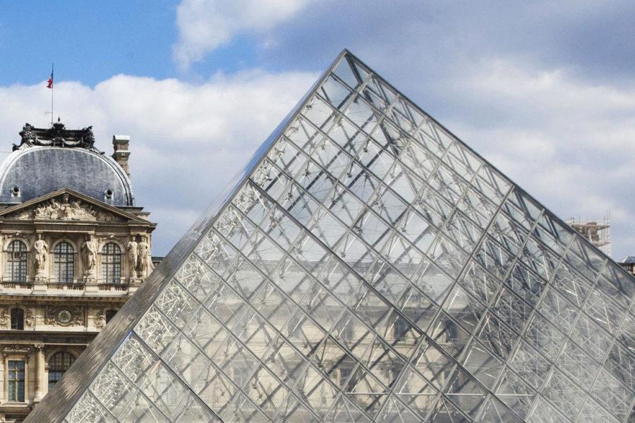 Louvren pyramidi. © tripsteri.fi / Anuliina Savolainen