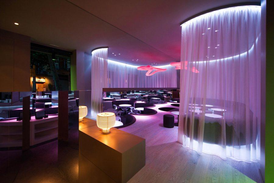 Bench Restaurant © Axel Hotels