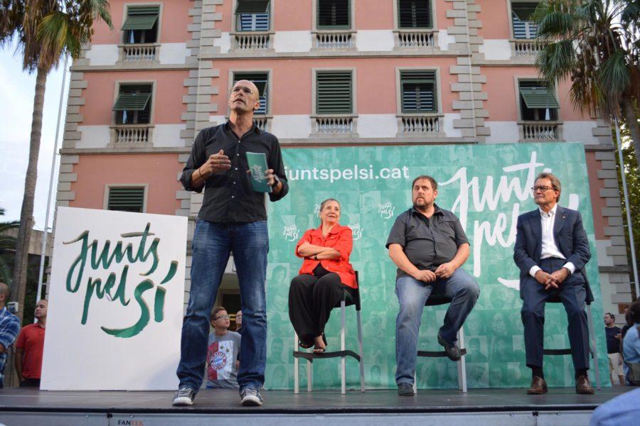 Itsenäisyyspuolueet CDC ja ERC liittoutuivat historiallisesti yhteen syyskuun 2015 vaaleja varten. Junts pel Sí. Kuva: Convergència Democràtica de Catalunya, flickr.com, CC BY 2.0