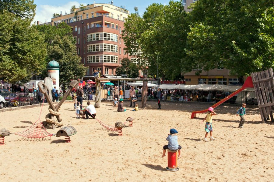 Kollwitzplatzia pidetään lapsirikkaana alueena. © visitBerlin, Philip Koschel
