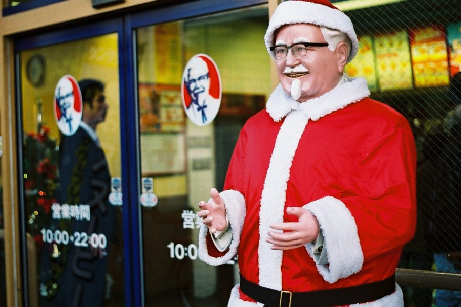 Joulukanaa joulukanapukilta, KFC. Kuva: darren elliott, flickr.com, CC BY-SA 2.0.