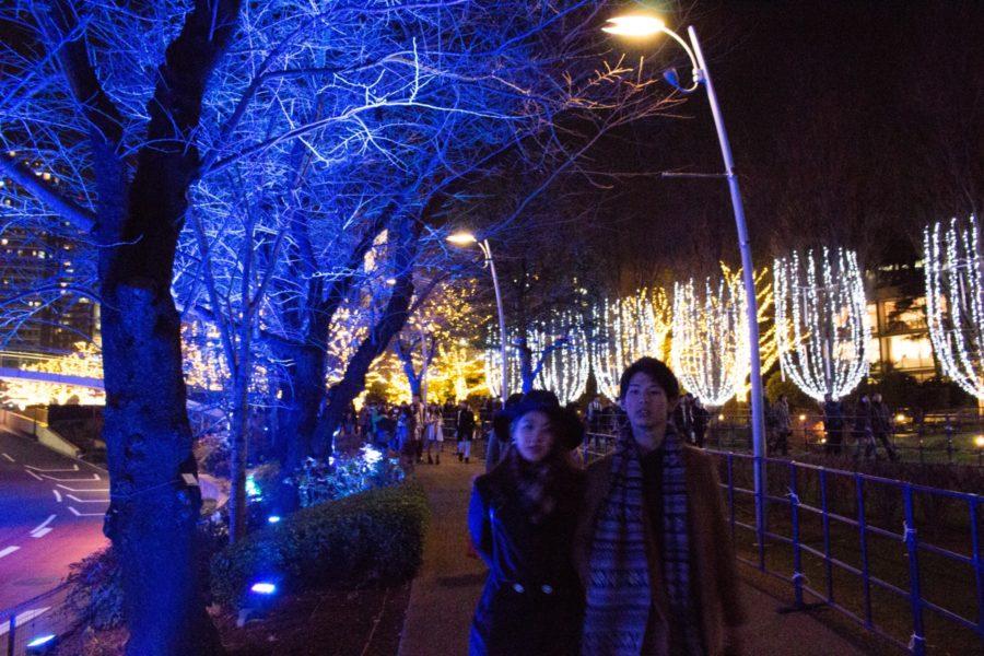 Jouluaattona kaupunki täyttyy treffailijoista. Kuva: Dick Thomas Johnson, flickr.com, CC BY-SA 2.0.