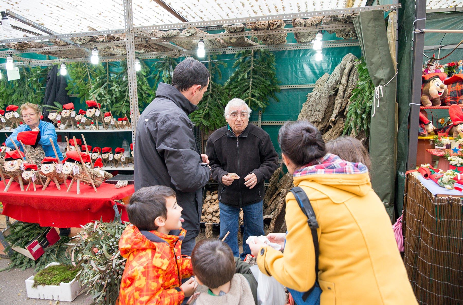 Sagrada Familian joulumarkkinoilla. © tripsteri.fi / Tuulia Kolehmainen