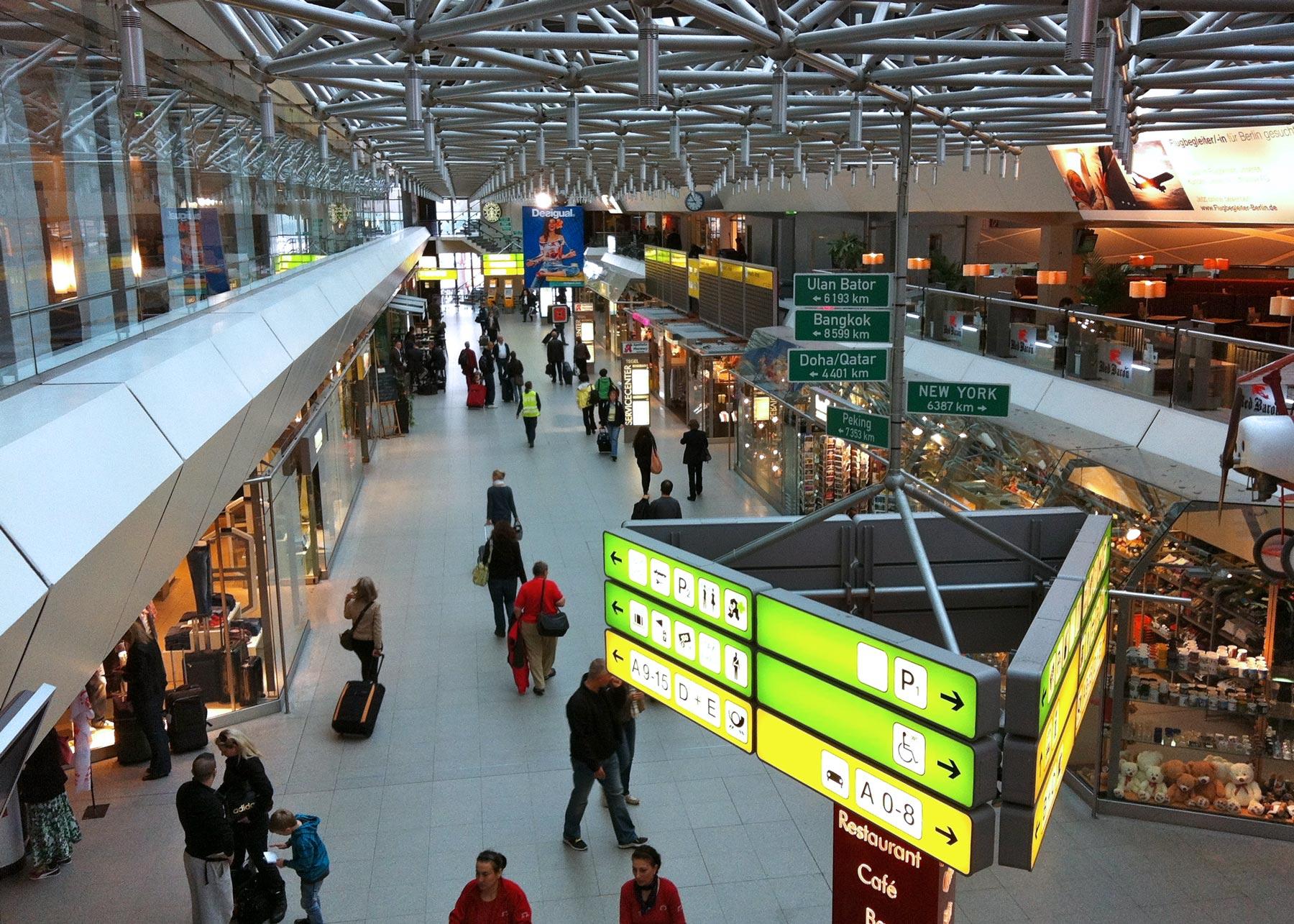 Berliini Lentokentat Ja Liikenneyhteydet Tripsteri