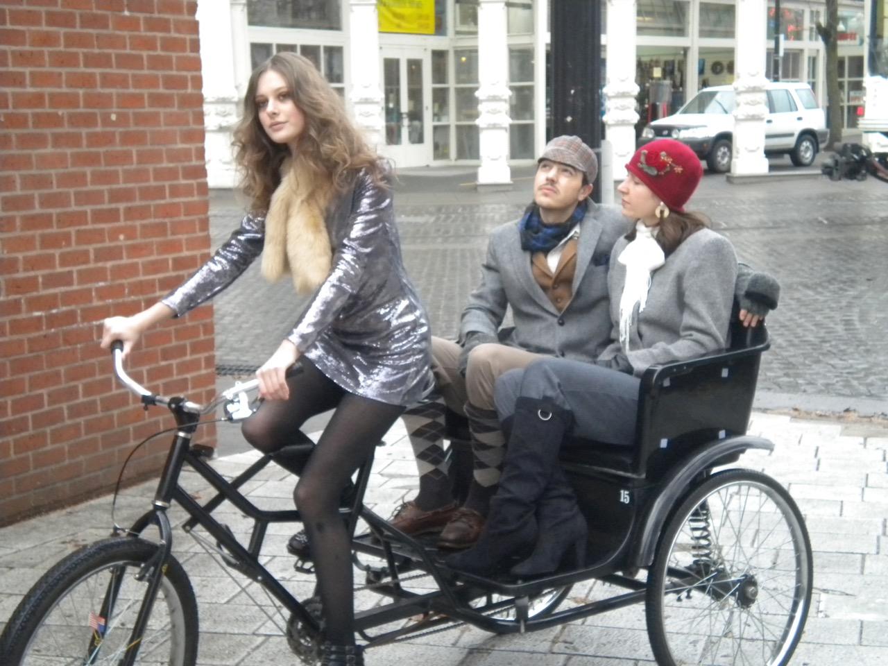 Tweedasuisilla on omia pyöräilypäiviä eri puolilla maailmaa Lontoossa, Tokiossa... Kuva Portlandista. Kuva: Foto: Sarah Mirk, flickr.com, CC BY 2.0