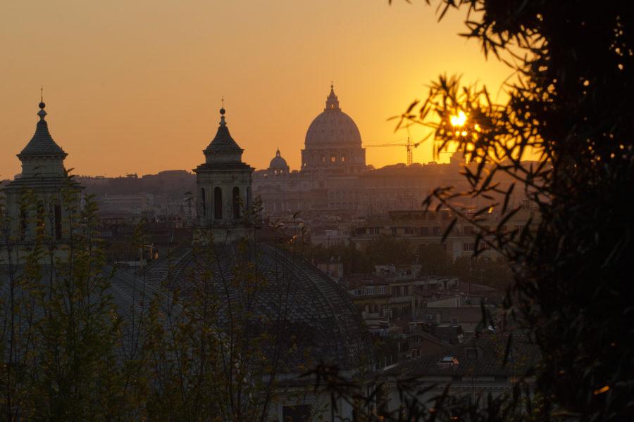 Auringonlasku ikuisessa kaupungissa © Amergin Flickr CC