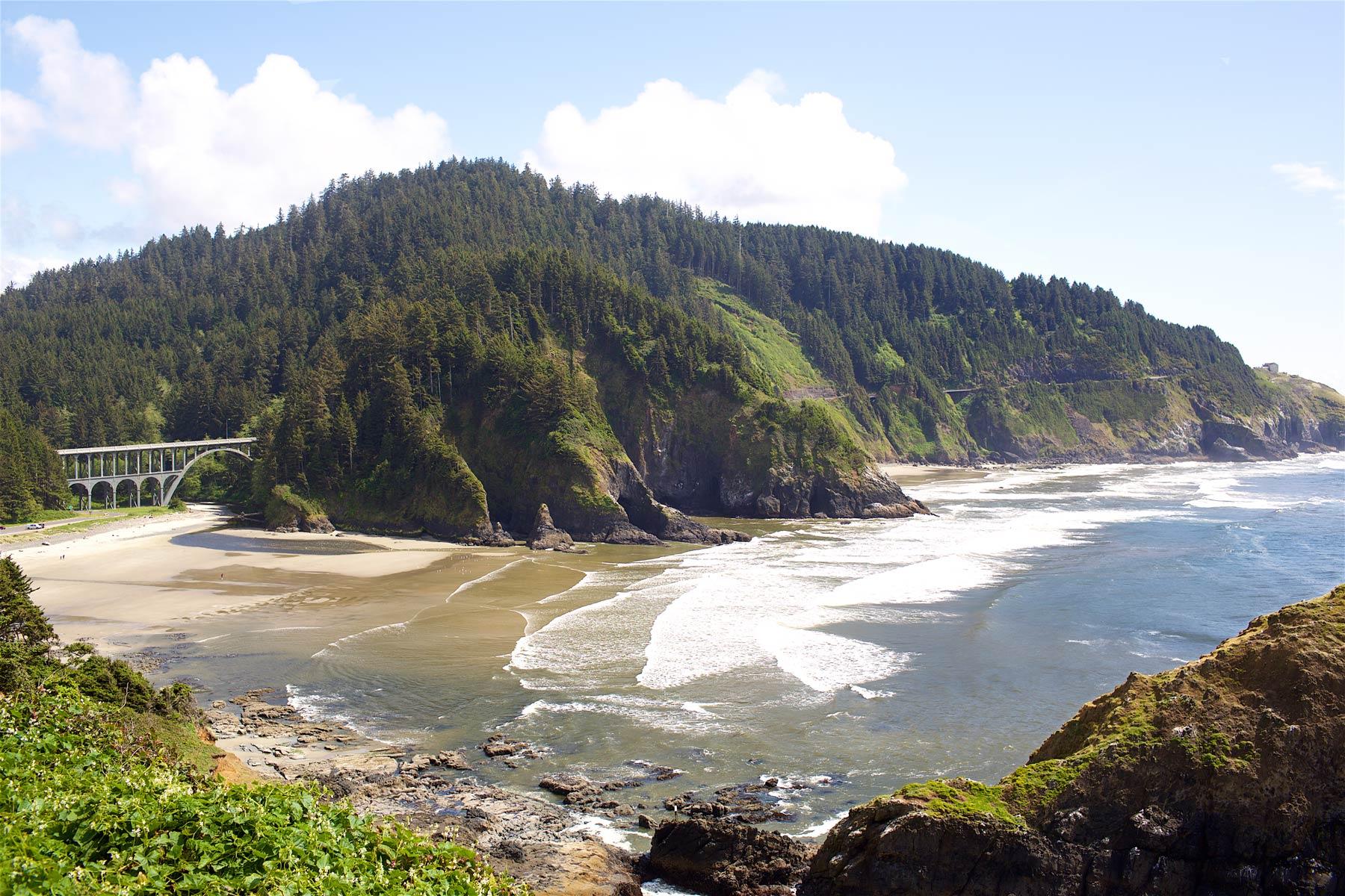 Oregonin kuvauksellista rantaviivaa. (c) Alex Kampion /tripsteri.fi
