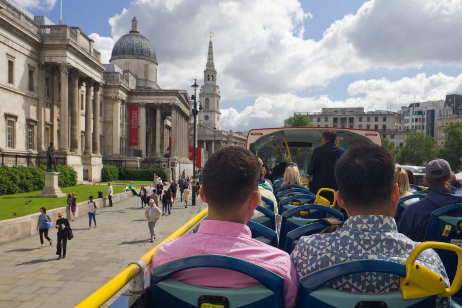 National Museum Trafalgar Squaren kupeessa bussista käsin © Milla Kontkanen