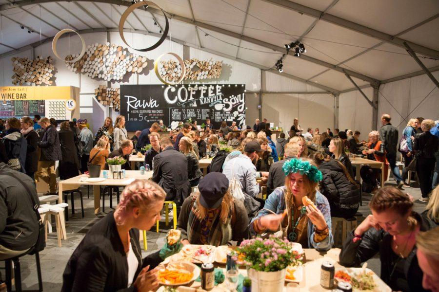 Ruokaan oli tänä vuonna panostettu entistä enemmän. Flow Festival 2016 © tripsteri.fi / Tuulia Kolehmainen