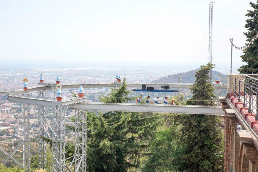 Tibidabo-vuoren huvipuiston laitteista on päheät näkymät. © tripsteri.fi / Tuulia Kolehmainen