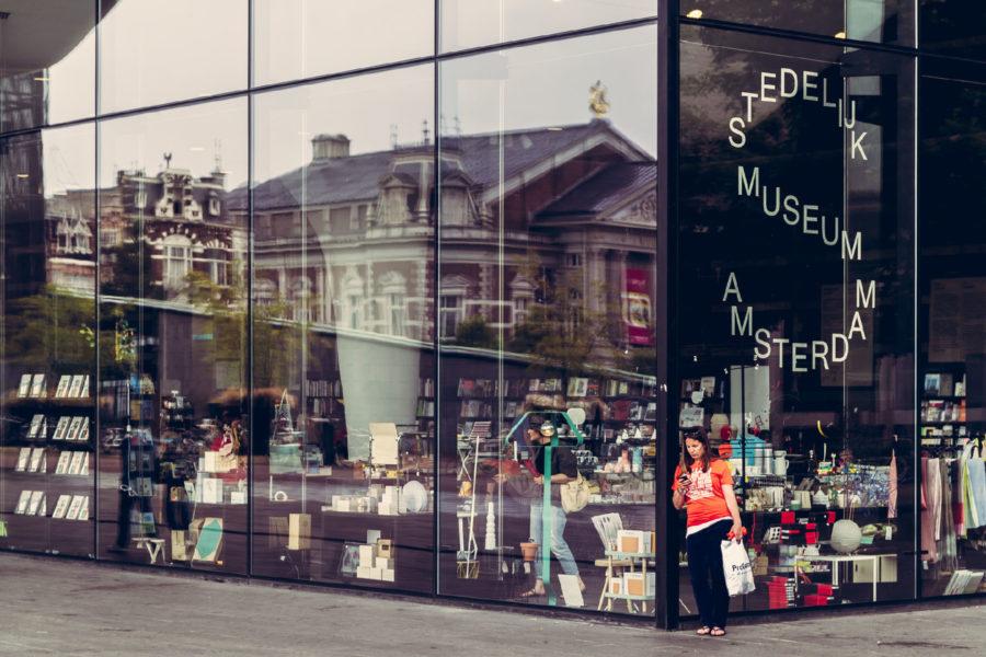 Modernin taiteen museo Stedelijk.  © Christian Siedler, Flickr, CC BY 2.0