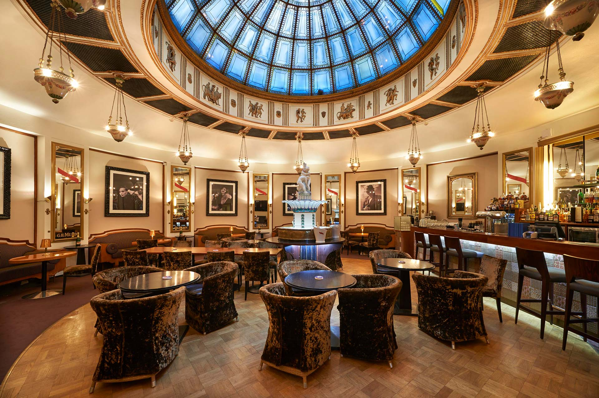Hotelli Seurahuone Bar Socis