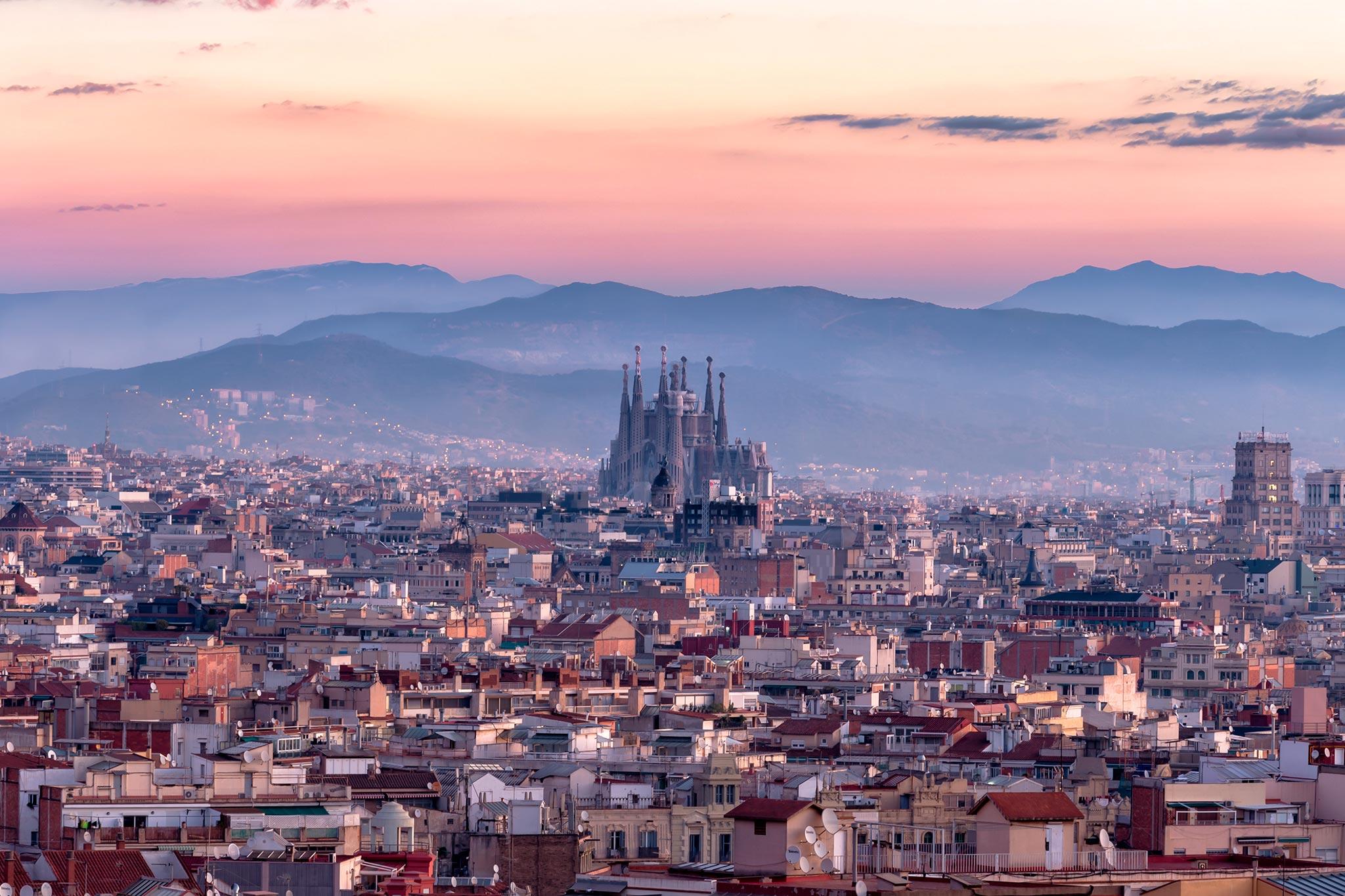 Barcelona Matkaopas Tripsteri Barcelona