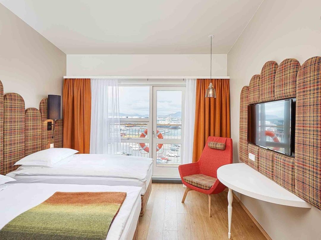Hotel Marina on raikas ja rennon palvelun hotelli aivan meren rannassa, lähellä trendikästä Grandin aluetta. Kuva: Hotel Marina.