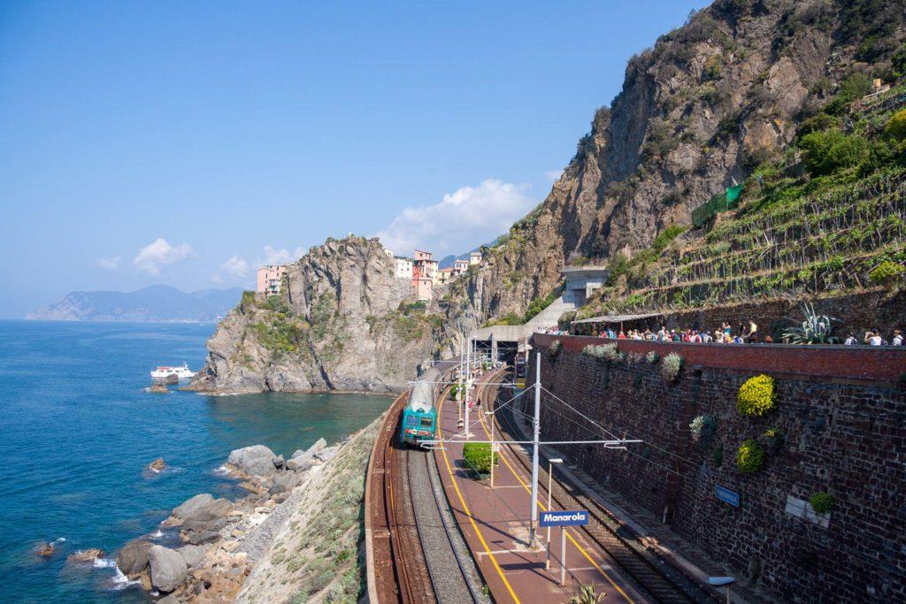 Manarolan asema Italian Cinque Terressa