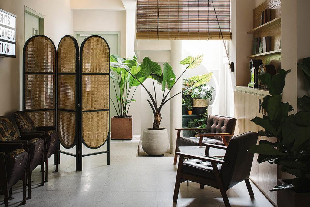 The Great Madras -hotellin sisustuksessa on siirtomaa-tunnelmaa
