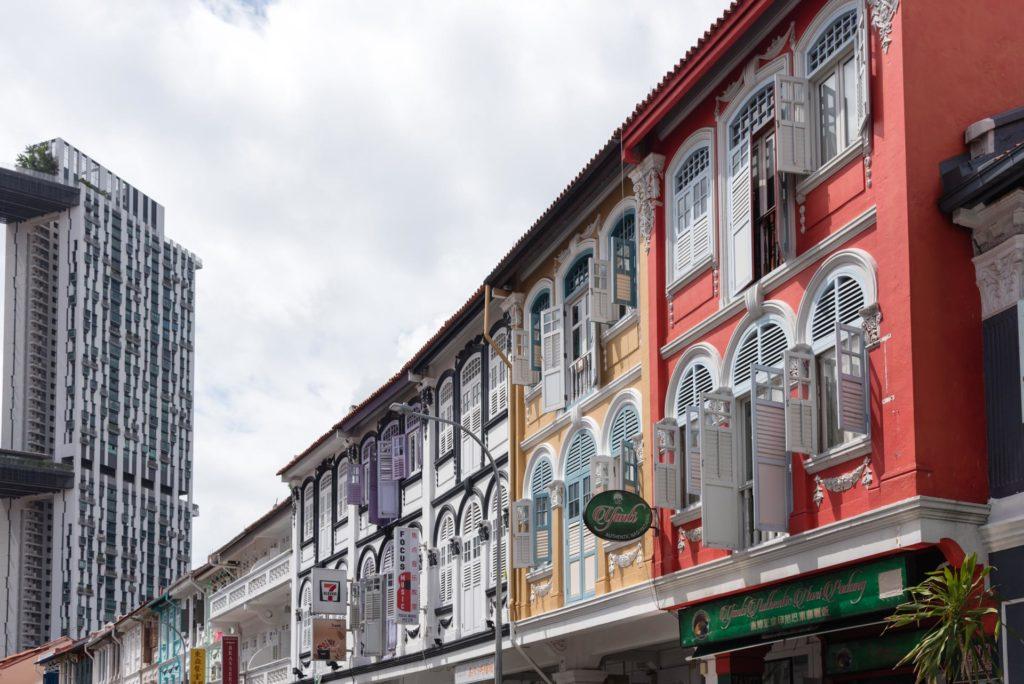 Chinatownin värikkäät kauppiastalot. Kuva: Soile Vauhkonen