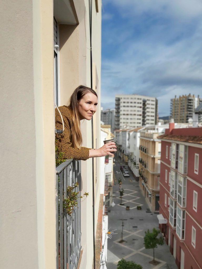 Eeva-Maria Hooli on poistunut viiden viikon aikana kotoaan vain kaksi kertaa. Kuva: Eeva-Maria Hooli.