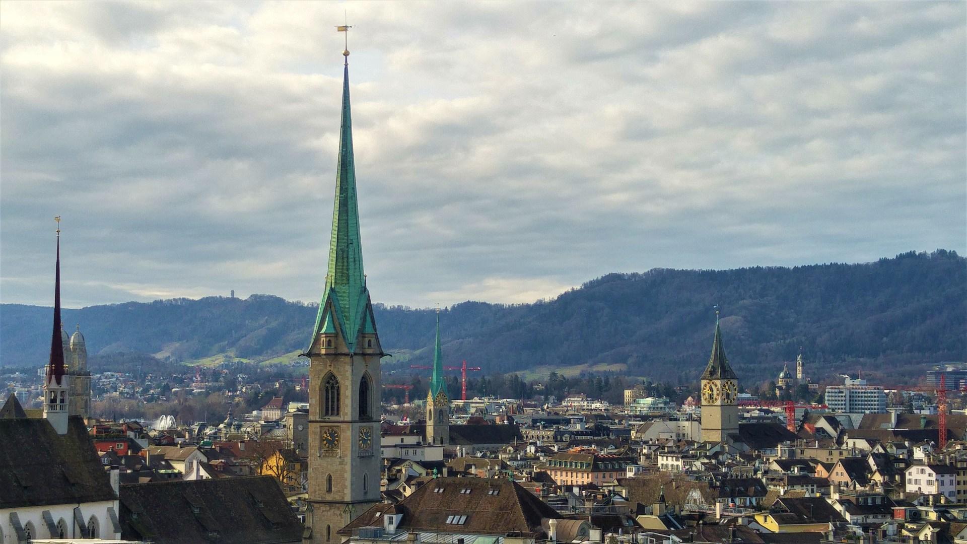 Zürich-Polyterasselta-©-Liisa-Helve-Sibaja